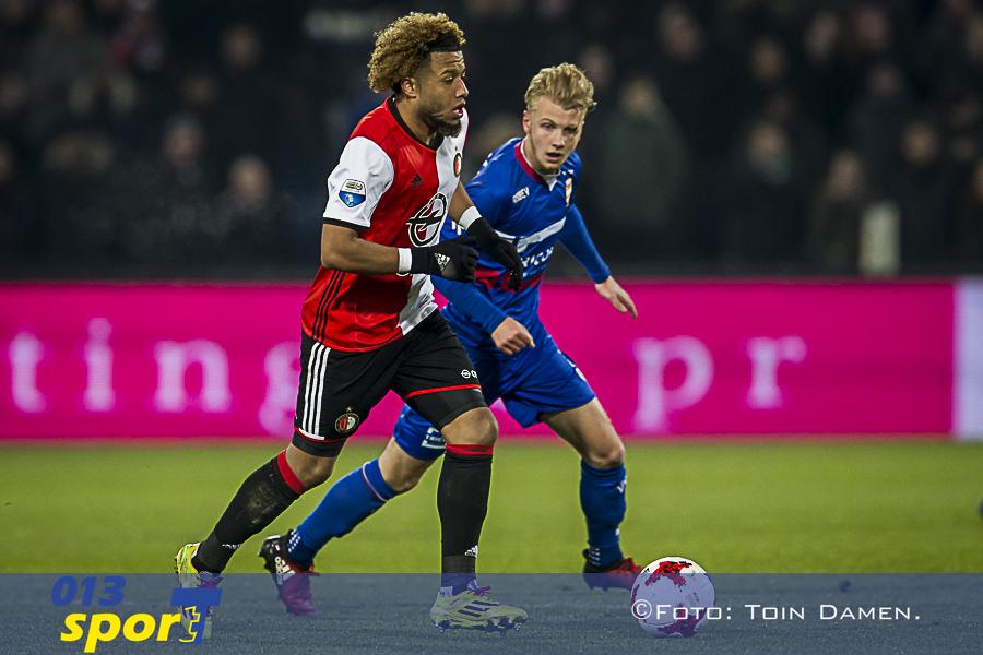 ROTTERDAM - Feyenoord - Willem II, De Kuip, 21-01-2017. Voetbal, eredivisie voetbal seizoen 2016-2017. Actie met (L-R) Feyenoord speler Tonny Vilhena en Willem II speler Jari Schuurman.
