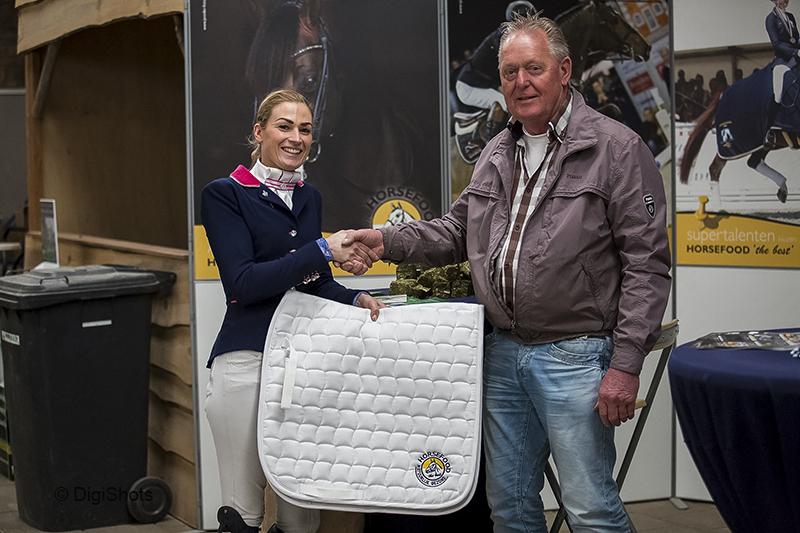 Dinja van Liere - Haute Couture Horsefood Competitie 2017 © DigiShots - Robin Artz