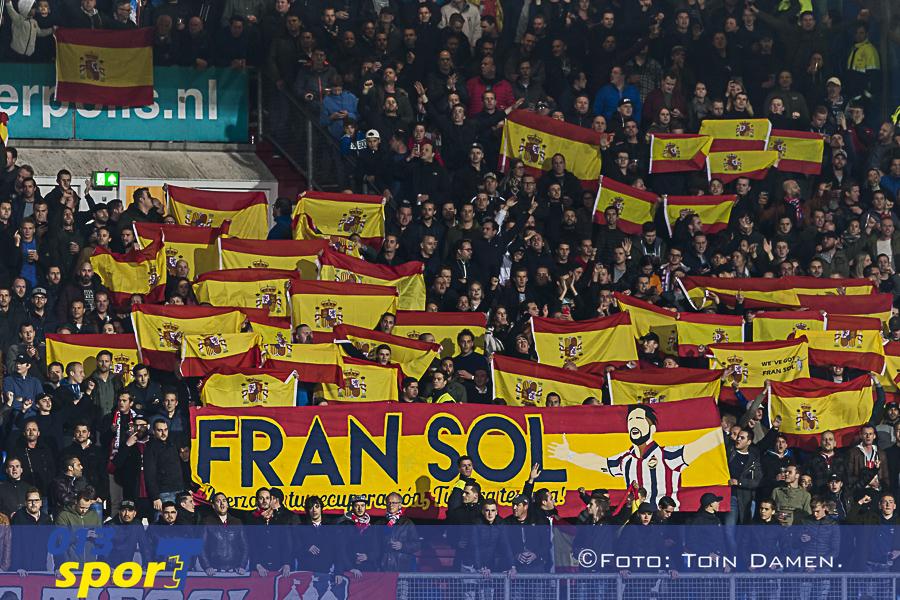 TILBURG - Willem II - Ajax, koning Willem II stadion, 28-10-2017. Voetbal, eredivisie voetbal seizoen 2017-2018. Steunbetuiging aan Willem II speler Fran Sol.