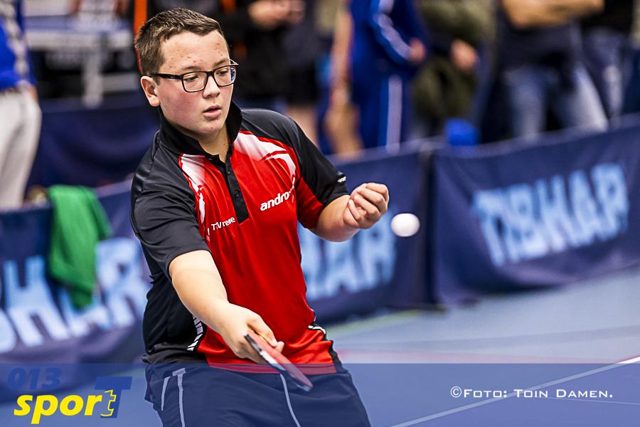 TILBURG - Tafeltennis breedtesport toernooi 19-11-2016. T Kwadraat, Kevin vd Staaij.