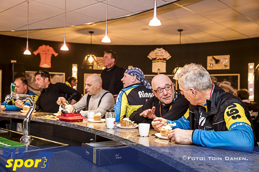 GOIRLE - Rings, wielertoerclub De Hellen, Toer cafe24-02-2018.