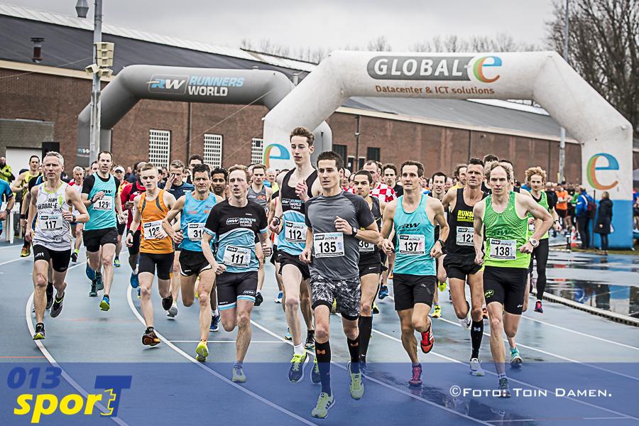 TILBURG - Atillarun 11-03-2018. Start.