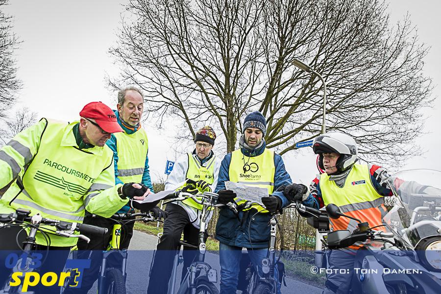 020418 Certificatie Marathon Tilburg 07