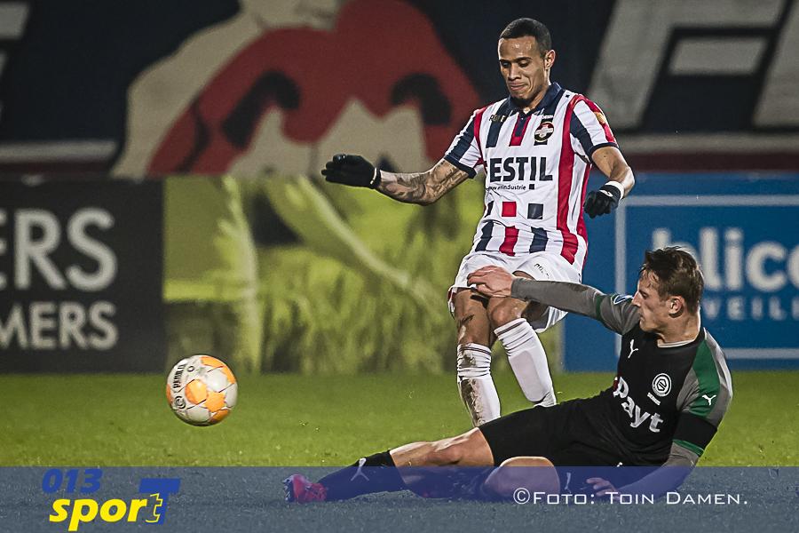 TILBURG - 02-02-2019, Koning Willem II stadion Dutch football Eredivisie season 2018 / 2019.  (Left-right) Willem II player Damil Dankerlui,  Groningen player Kaj Sierhuis during the match Willem II - Groningen. Final score 1-2.